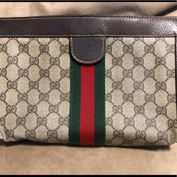 22ebe22bb5da3a Gucci Handbags - 💼 VINTAGE GUCCI GG MONOGRAM PARFUM CLUTCH BAG🌸